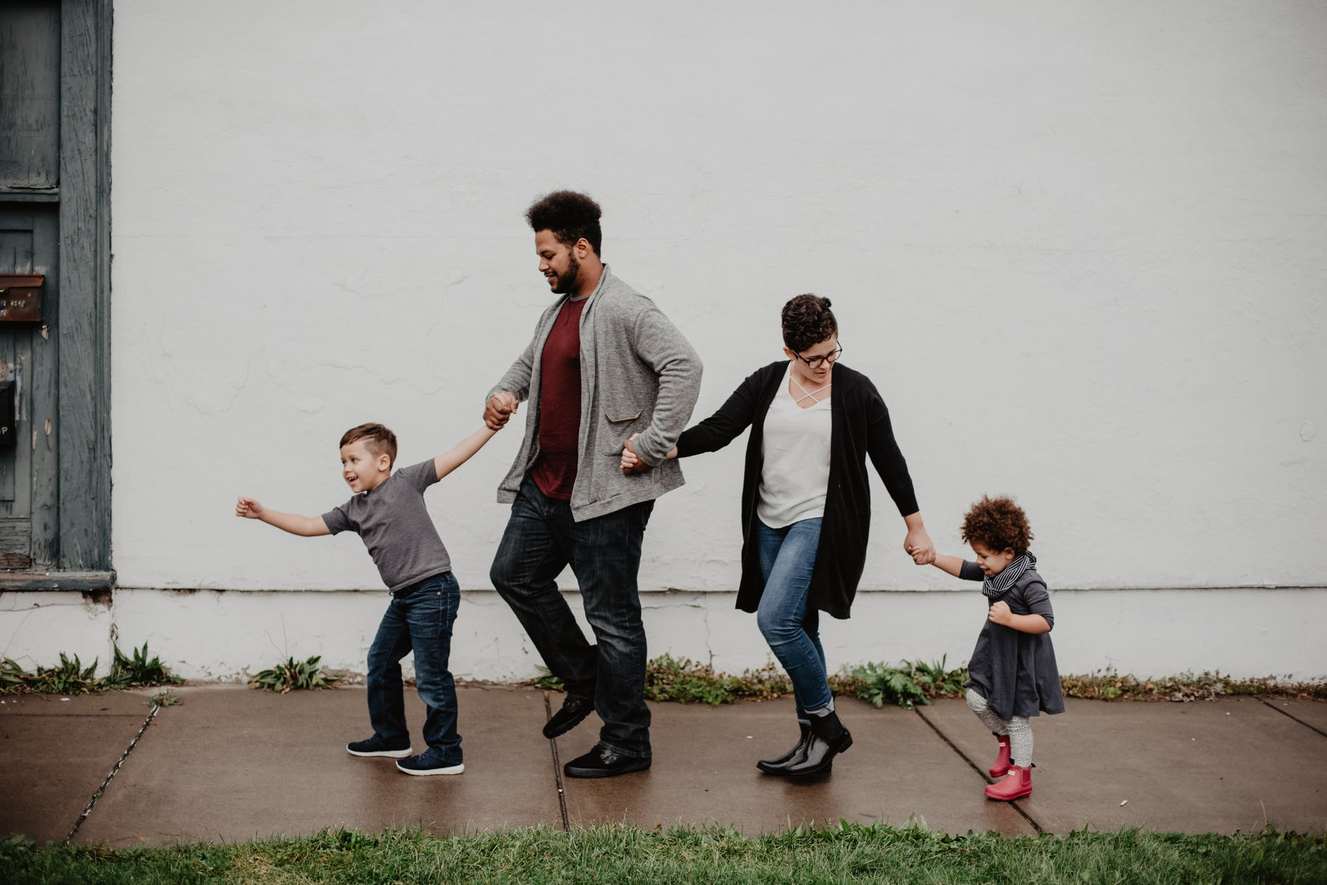 This Is How to Tell Children You're Planning to Move