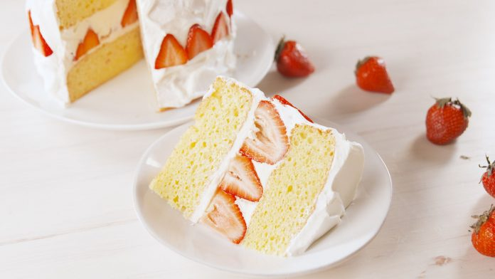 Strawberry Shortcake: Easiest But The Tastiest Dessert With Whipped Cream Out There